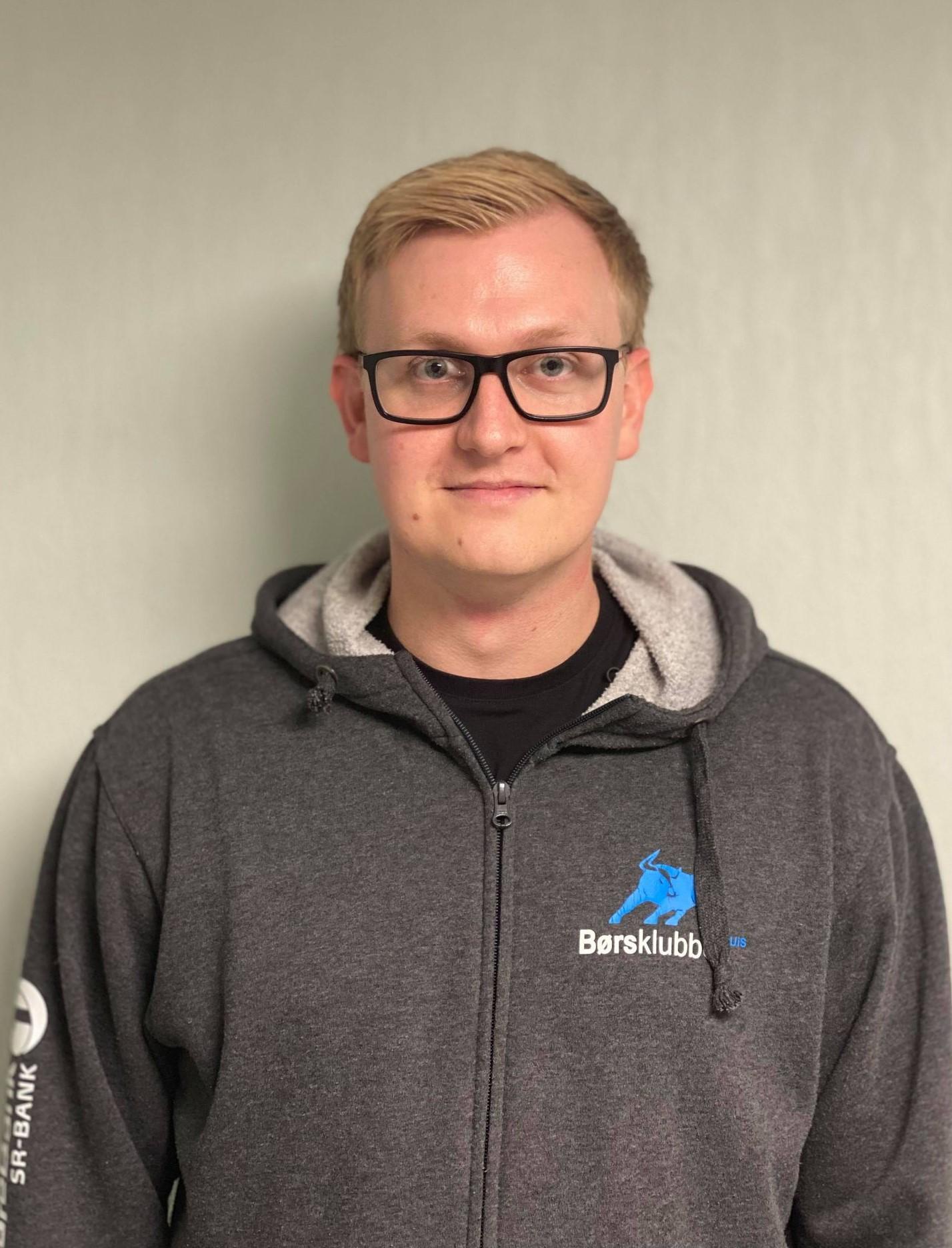 Kristian M. Innvær